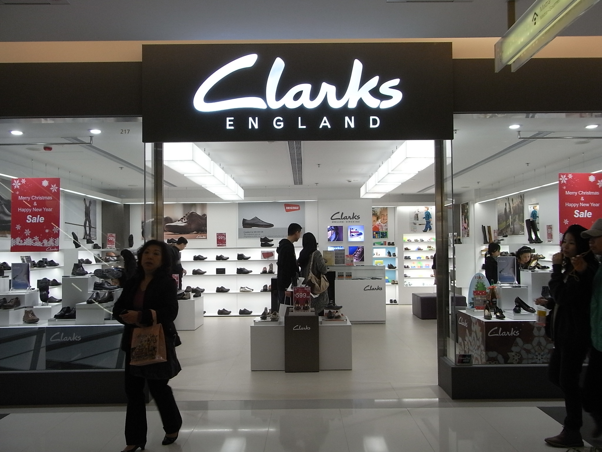 Stores In London England Clarks Shoes